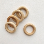 DS153: Wooden Rings, Set of 5